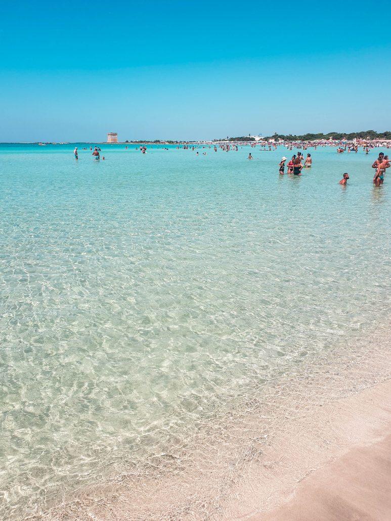 itinerario in salento torre lapillo, acqua limpida e cristallina sabbia chiara e fine