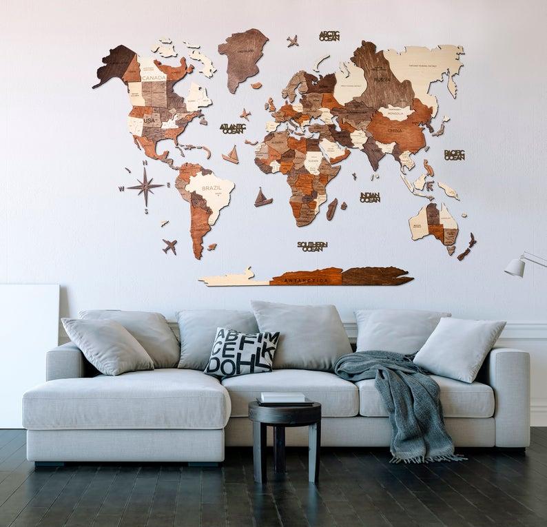 mappa del mondo in legno