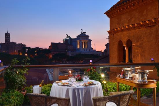 roof garden vista sera fori romani altare della patria