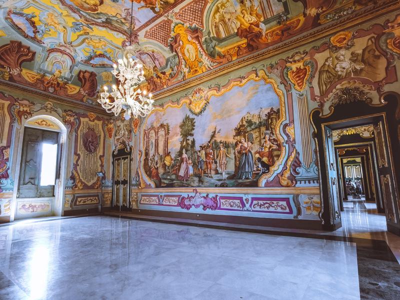 dipinti dell'interno del palazzo ducale di martinafranca